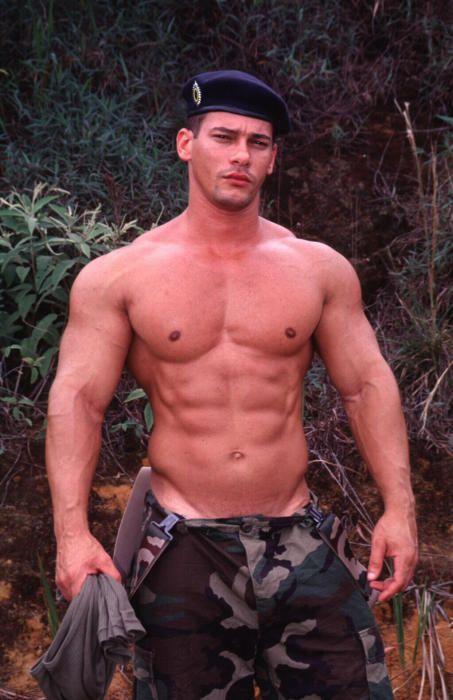 nude-military-hunks-shemale-cock-pics