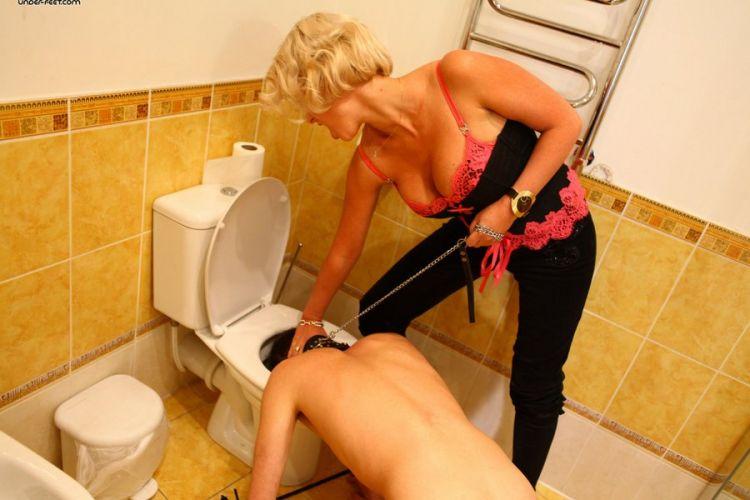Фемдом туалет для госпожи